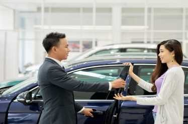 Membeli Mobil Secara Cash